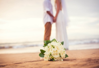 Beach Bouquet Couple